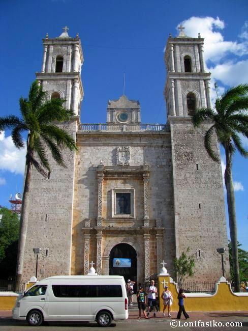 Iglesia católica de San Gervasio en la ciudad colonial de valladolid