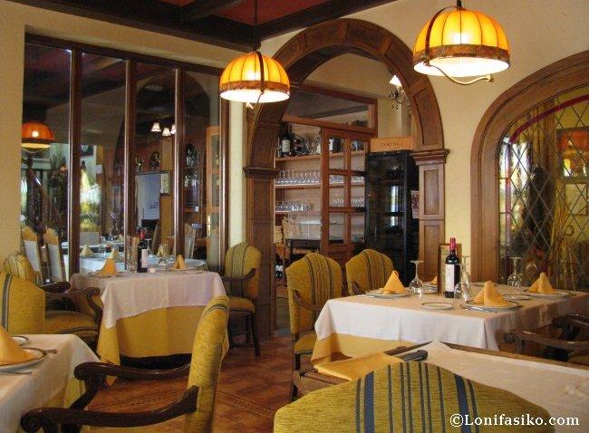 Detalle sala Restaurante Asador Tudanca