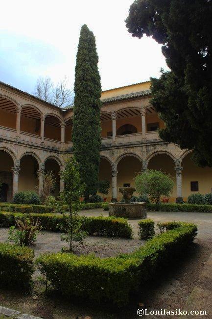 Claustro del Monasterio de Yuste