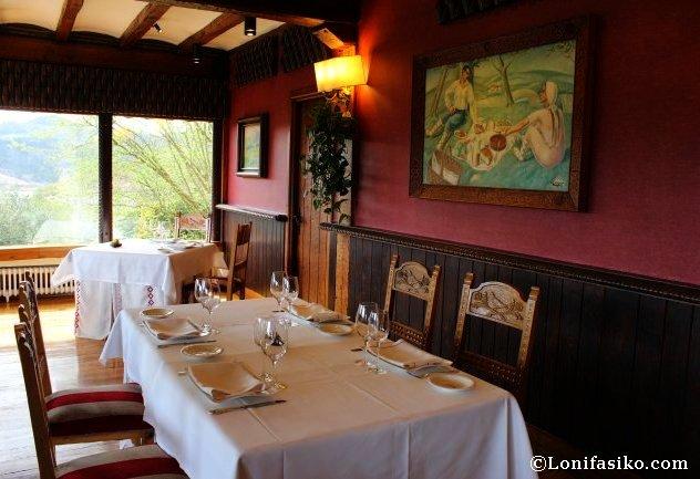 Detalles comedor principal Restaurante Andra Mari de Galdakao