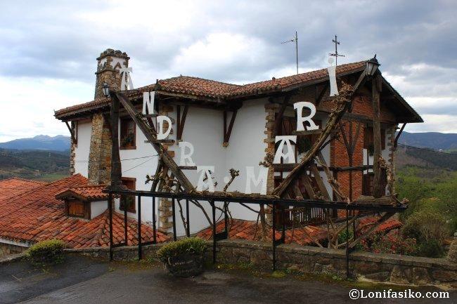 Edificio del restaurante Andra Mari de Galdakao