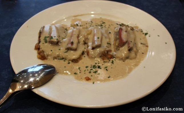 Pencas rellenas con salsa de hongos y foie, en el Restaurante Hilarion