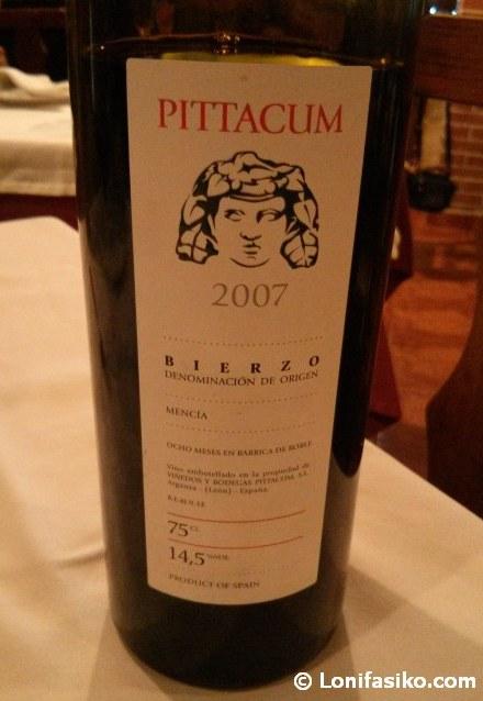 Botella Pittacum Barrica 2007, uva Mencía, vino D.O. Bierzo