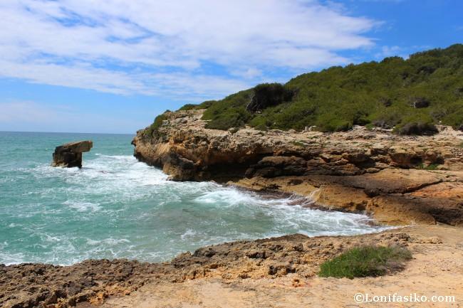 Senderismo Camí de Ronda Tarragona Altafulla acantilados