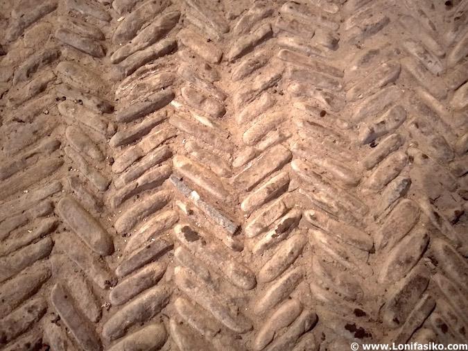Suelo de piedra de la iglesia de San Adrián de Elorrio