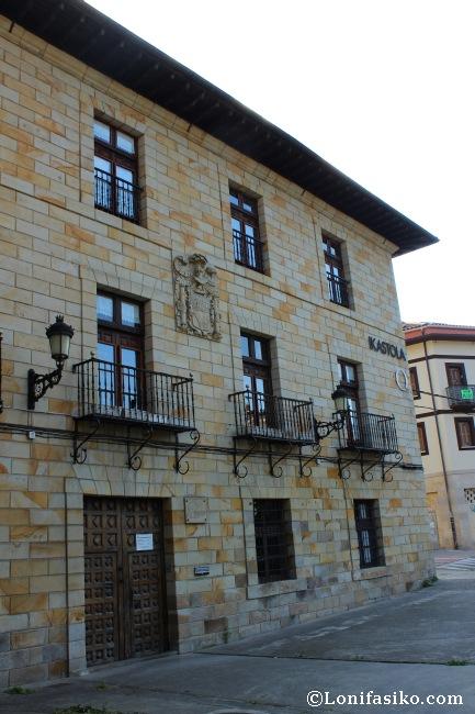 Palacio Arespakotxaga-Andueza, también conocido como 'Txintxirri'