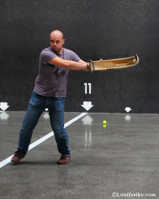 Practicar deporte de la cesta punta