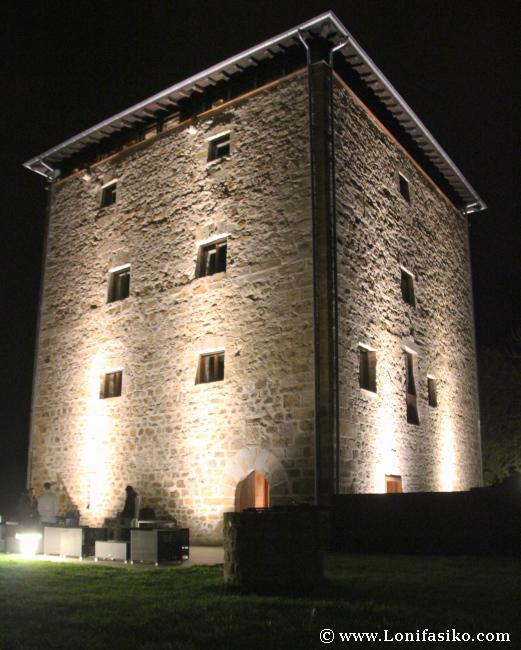 Torre Zumeltzegi en Oñati: Residencia Condes de Oñate