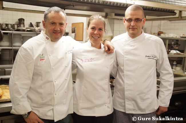Josemi, Zuriñe y Guillermo, chefs del Aizian, Andra Mari y Aretxondo