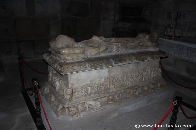Cripta y tumba de Don Pedro Vélez de Guevara, señor de Oñate