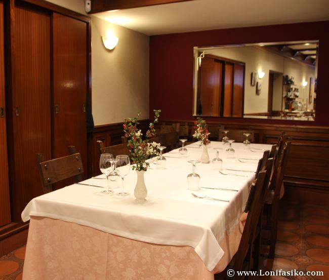 Detalles del comedor del Restaurante Soloa en Abadiño