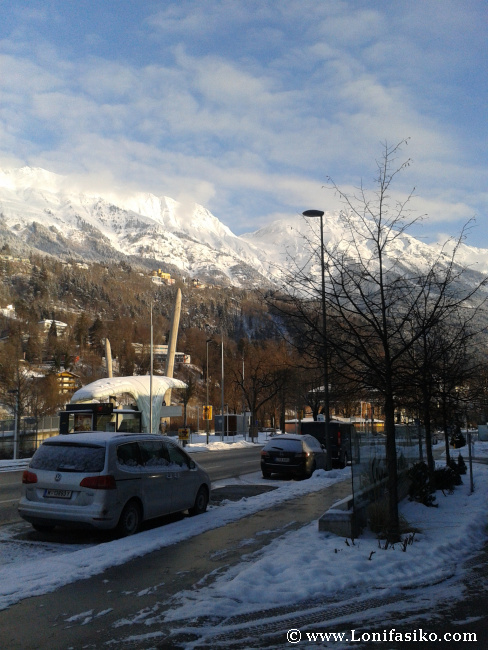 Una de las paradas del skibus gratuito, que recorre los hoteles en Innsbruck