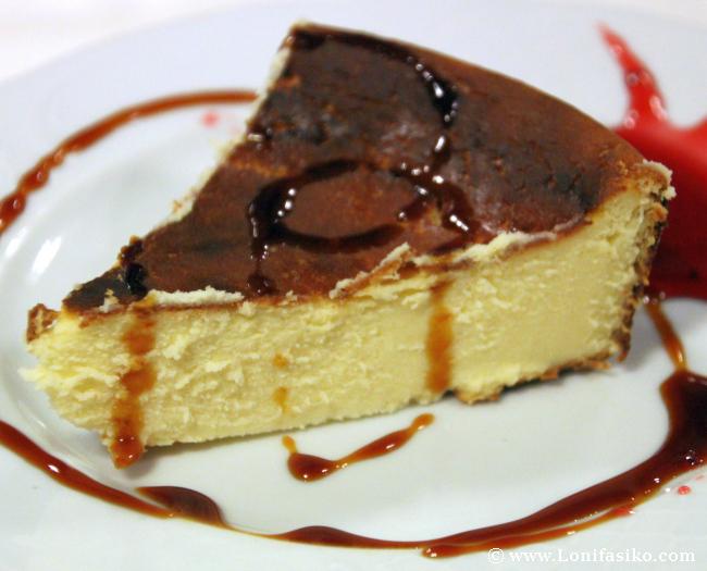 Tarta de queso casera en el Restaurante Soloa en Abadiño