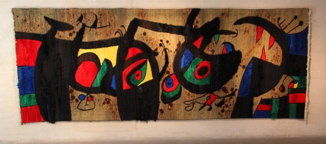 Colorido tapiz de Joan Miró