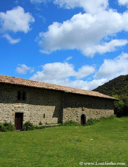Ermita de San Pedro de Usún en la Foz de Arbayún/Arbaiun