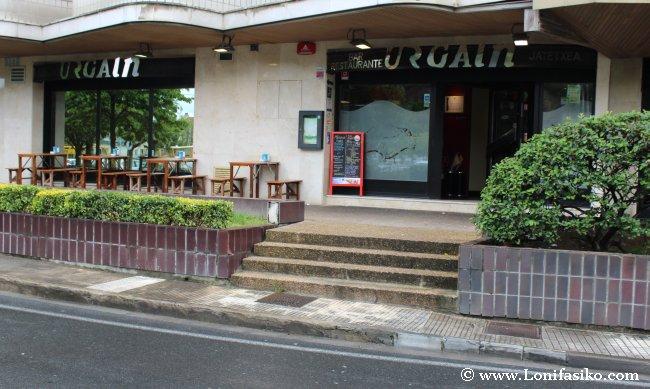 Vista exterior y entrada al Restaurante Urgain