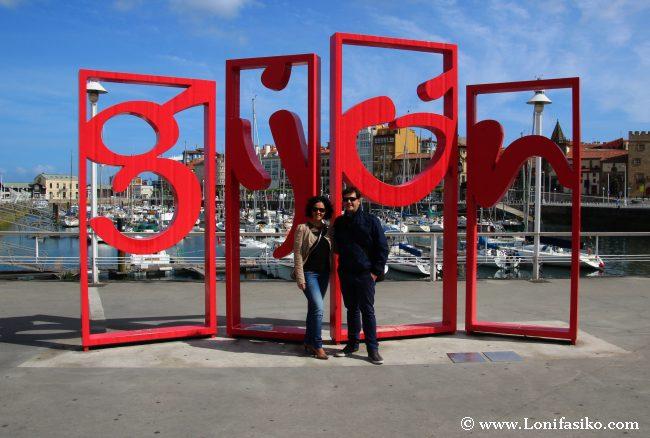 Las letronas, la típica foto de Gijón
