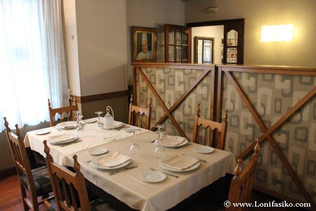 Disposición de mesa en el restaurante Kobika