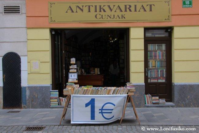 Librería y anticuario en Eslovenia