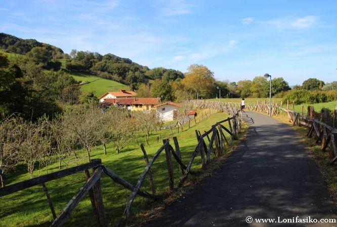 Entorno de Ergoien por donde discurre la vía verde de Arditurri