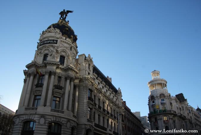 Edificios monumentales en la Gran Vía de Madrid
