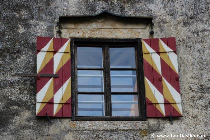 Curiosa ventana del castillo de Bled