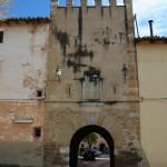 Portal de entrada a la villa