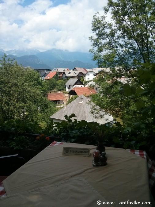 Comer con vistas en Radovjlica