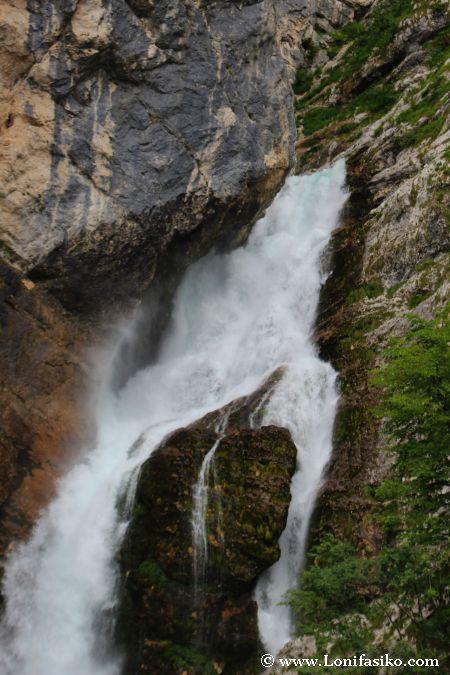 Tramo inicial del salto de agua de Savica