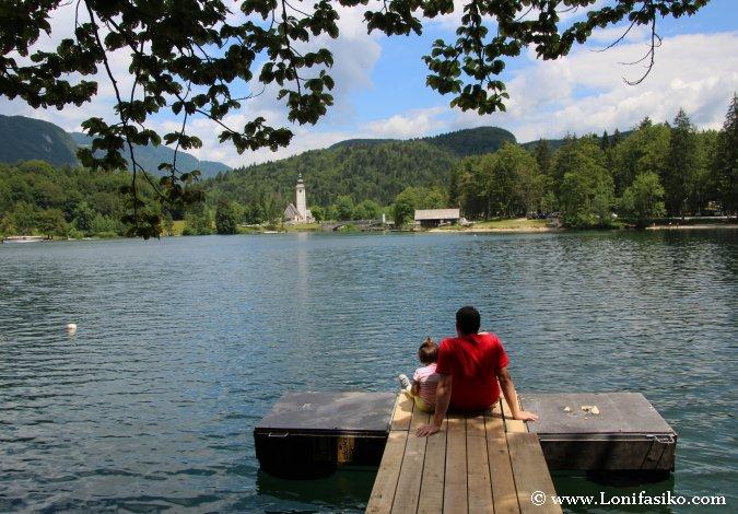 Lago Bohinj, donde desembocan las aguas de la cascada Savica