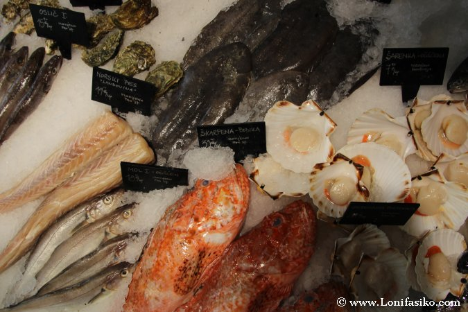 Comer pescado fresco en Liubliana Eslovenia