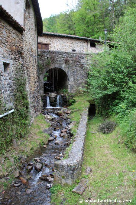 Río Artabilla, afluentes del río Deba
