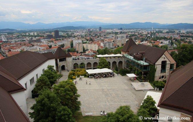 Patio del Castillo de Liubliana