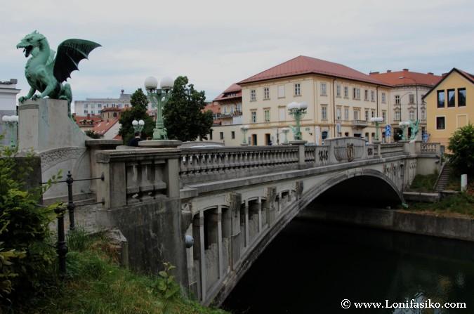 Puente en Liubliana: Puente de los Dragones