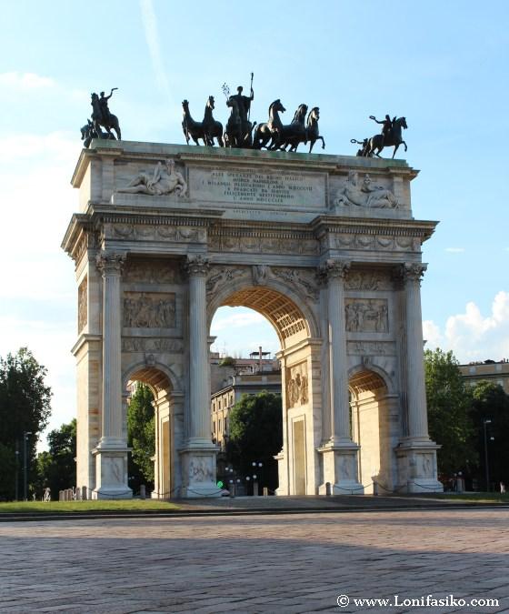 Arco de la Paz en Milán