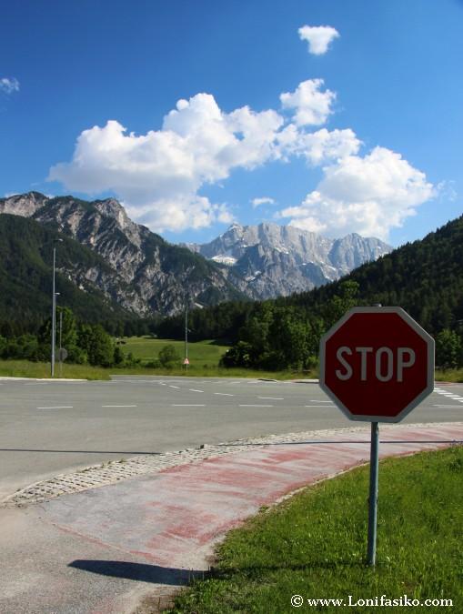 Señal de tráfico del mundo: Señal de stop