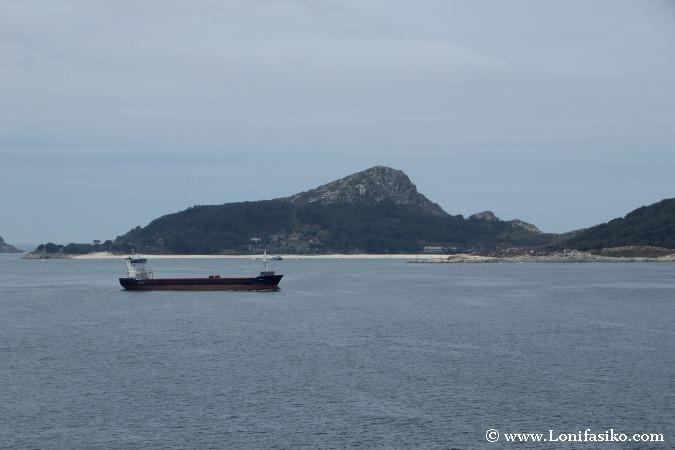 Navegar por la ría de Vigo hacia Cabo Home