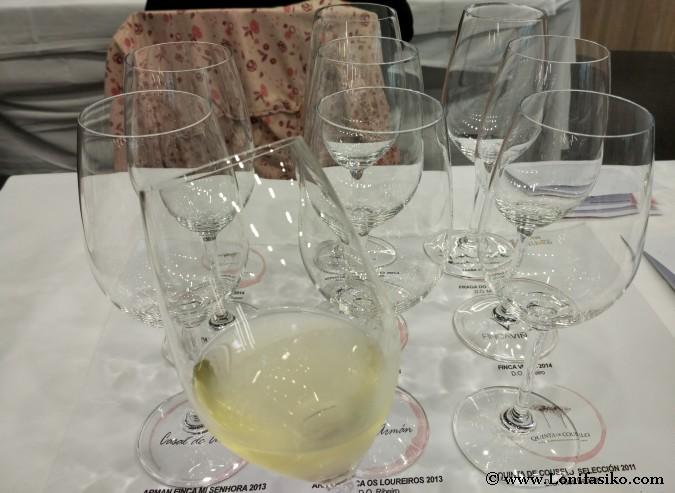 Cata de vinos blancos en Verema Bilbao
