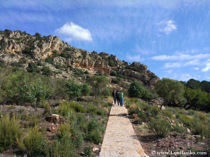 Visitas guiadas a las pinturas rupestres de Peña Escrita en Fuencaliente