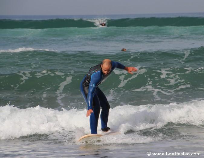 Aprender surf en Euskadi Playa Sopelana Uribe