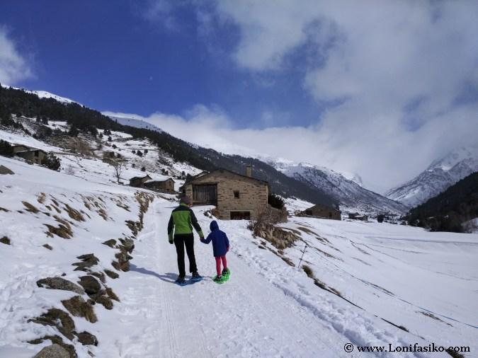 Andorra con niños: Rutas Raquetas Nieve