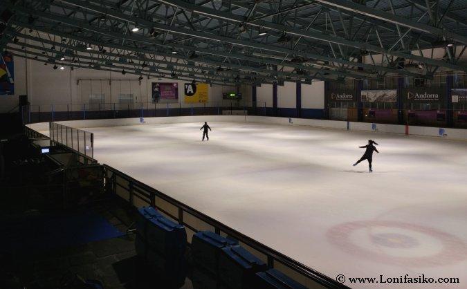 Aprender a patinar sobre hielo en Andorra