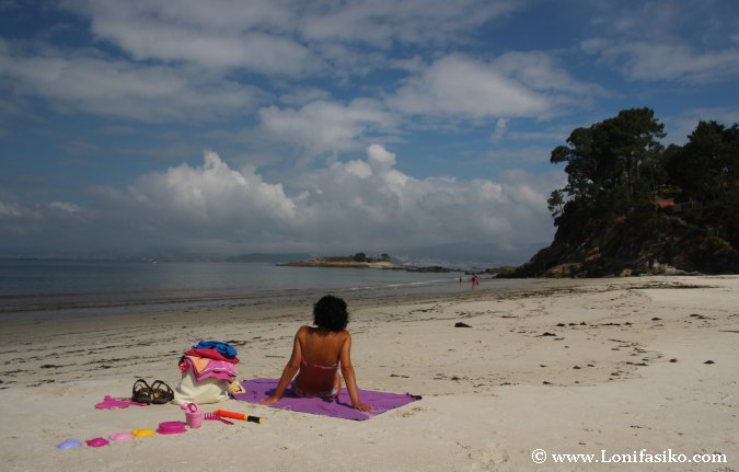 Playa Lapamán Bueu Fotos