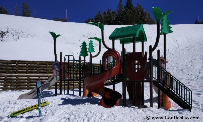 Esquiar con niños en Grandvalira Andorra