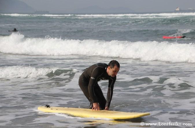 Iniciación al surf en Uribe