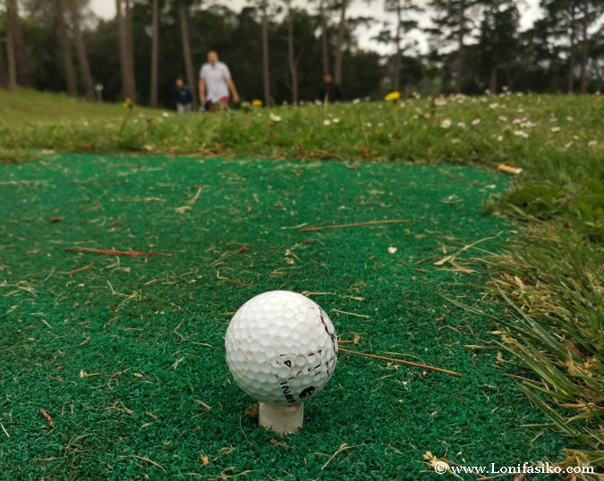 Dónde aprender a jugar a golf en Euskadi