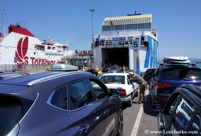 Meter coche ferry