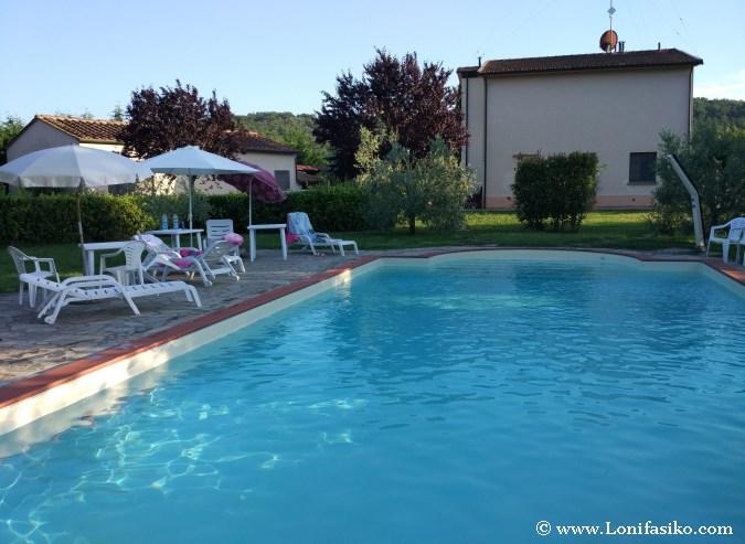 Alojamiento con piscina Toscana Volterra fotos