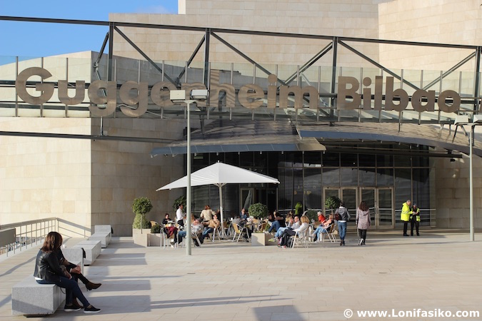 Entrada Museo Guggenheim Bilbao