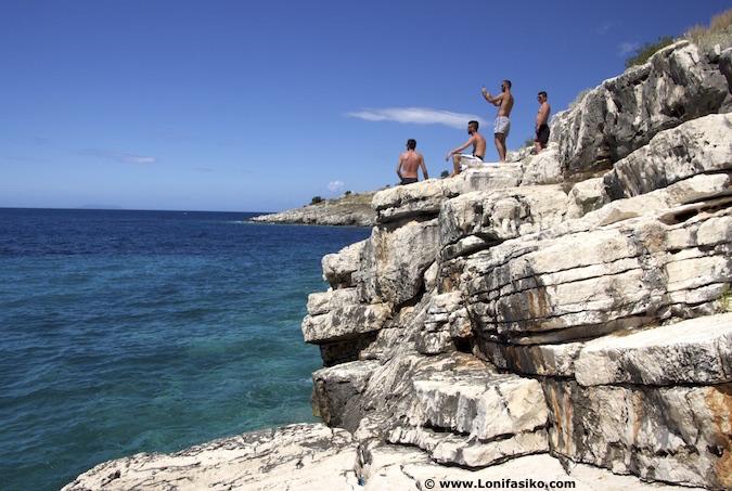 llaman beach albania riviera albanesa fotos